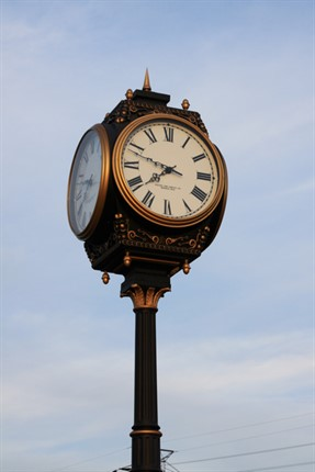 Hampton Roads Crossing Clock